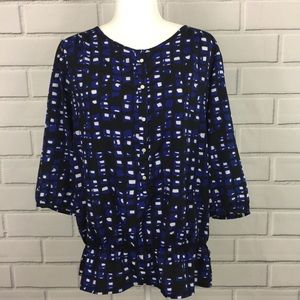 New York & Company Geometric 1/2 Button Front Top